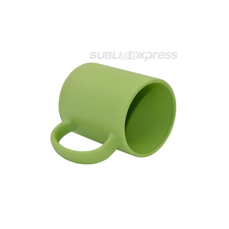 Teljesen színés matt zöld bögre