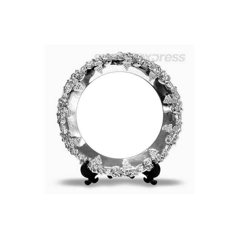 20 cm átmérőjű kör alakú fémtányér állvánnyal